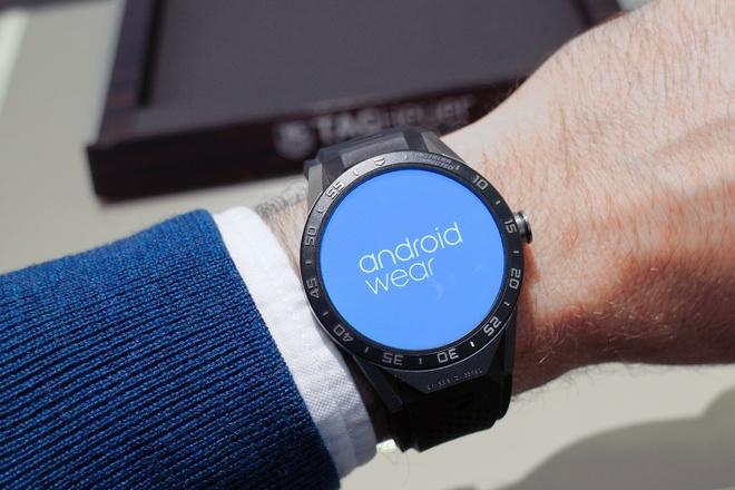 Google loai bo tat ca Android Wear khoi cua hang hinh anh