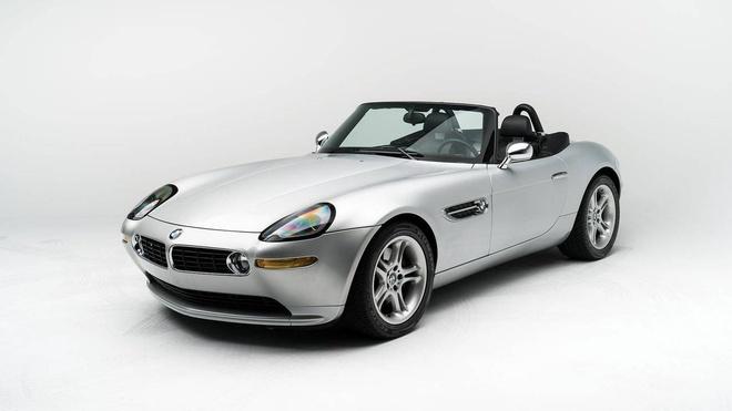 Ban dau gia xe BMW Z8 2000 cua Steve Jobs hinh anh
