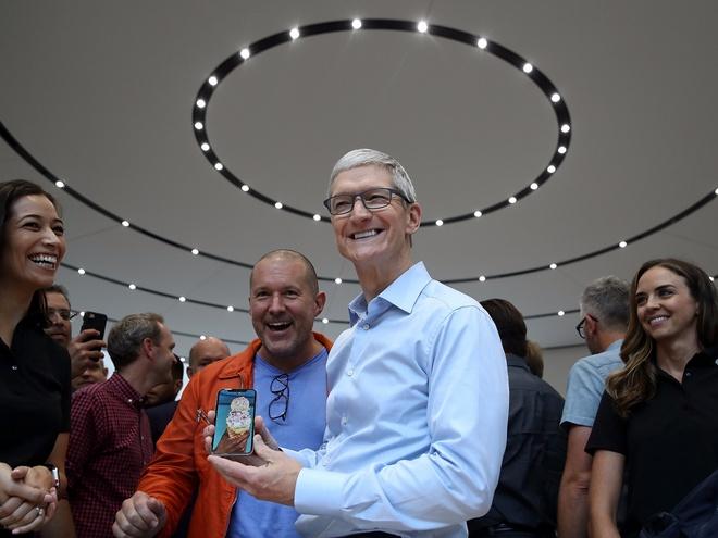 2017 - nam huy hoang cua Apple hinh anh