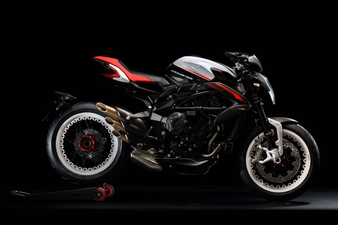 Lo dien MV Agusta Dragster 800 RR 2018 hinh anh 1