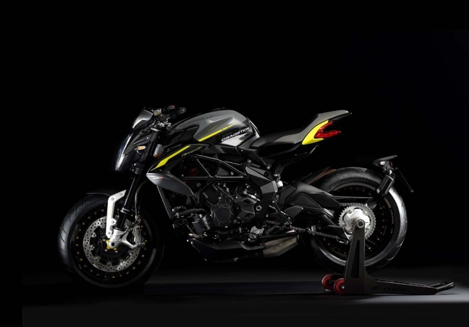 Lo dien MV Agusta Dragster 800 RR 2018 hinh anh 4