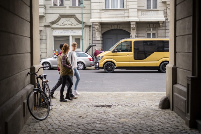 Volkswagen ra mat dich vu xe hoi dung chung, chay bang dien hinh anh 3