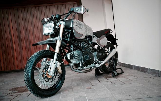 'Quai vat' Ducati 600 duoc tai sinh voi dien mao moi hinh anh