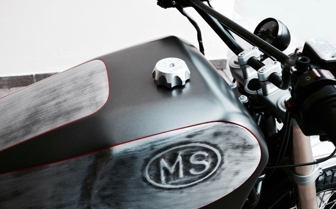 'Quai vat' Ducati 600 duoc tai sinh voi dien mao moi hinh anh 5