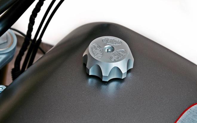 'Quai vat' Ducati 600 duoc tai sinh voi dien mao moi hinh anh 6