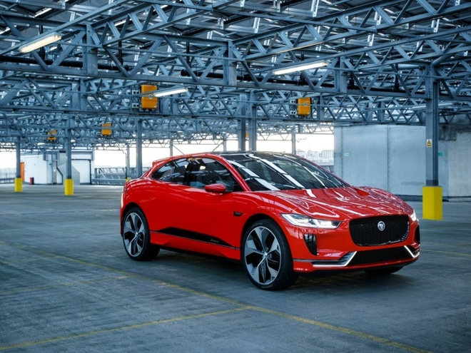Can canh xe dien Jaguar I-Pace 2018: Doi thu cua Tesla Model hinh anh 1
