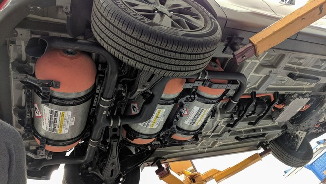 Hyundai Nexo - xe chay pin nhien lieu hydro sac day trong 5 phut hinh anh 1
