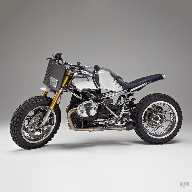 Xe do BMW R nineT theo phong cach cafe racer voi khung ma crom hinh anh 3