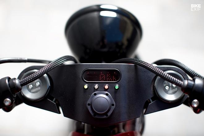 Triumph Bonneville Bobber ban Hot Rod day quyen ru tu Paris hinh anh 3