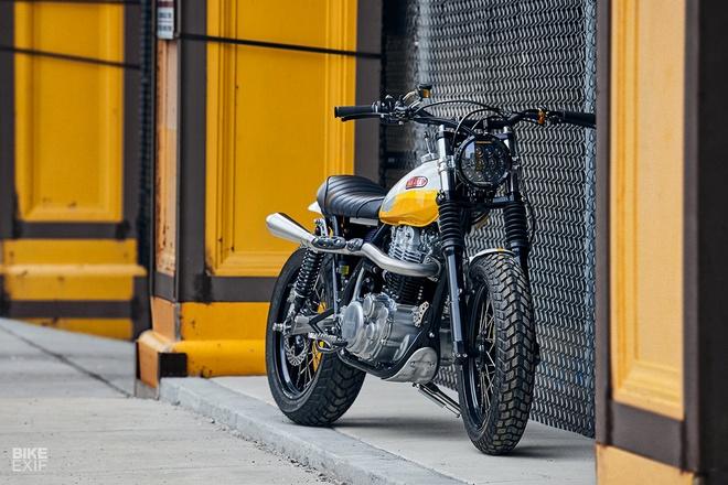 'Tia nang vang' Yamaha SR500 Scrambler tai Chicago hinh anh 1