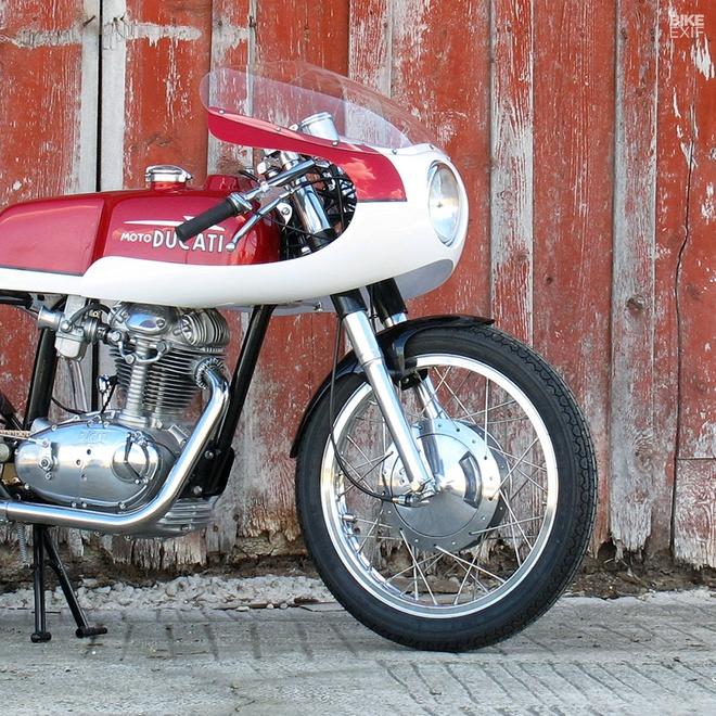 Ducati 250 hang hiem do phong cach cafe racer hinh anh 6