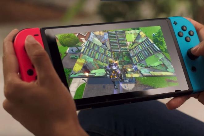 Người dùng thích thú với Nintendo Switch. Ảnh: Digital Trends
