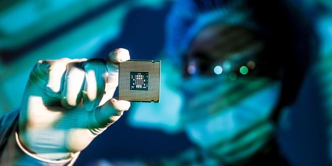 Chiếc MacBook sẽ mạnh hơn khi được sự giúp sức của Chip Intel