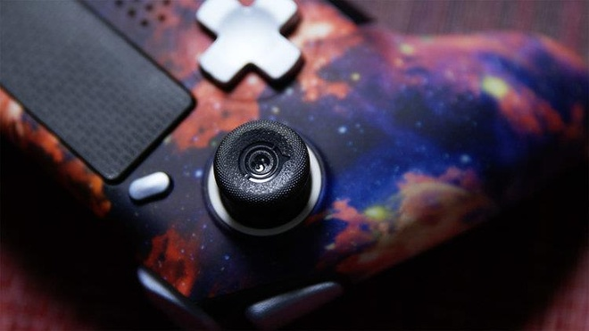 Tay cam PS4 Scuf Vantage co xung voi gia 200 USD? hinh anh 5