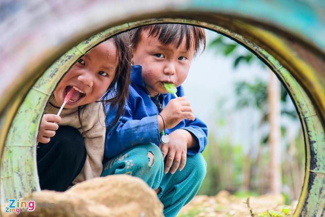 Tre em Viet Nam thap coi hang dau the gioi hinh anh