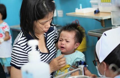 tiem vaccine bach hau tai TP.HCM anh 1