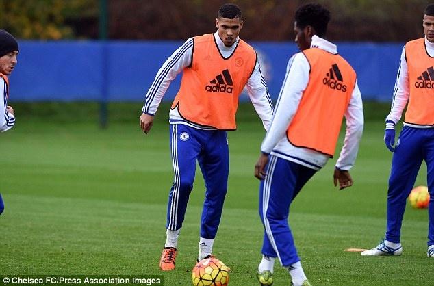 7 van de Mourinho can giai quyet de cuu van su nghiep hinh anh 5 Mourinho cần trao cơ hội cho những cầu thủ trẻ tài năng như Loftus- Cheek.
