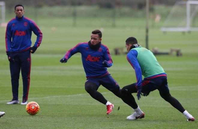 Rooney vang mat trong buoi tap truoc tran gap West Ham hinh anh 6 s