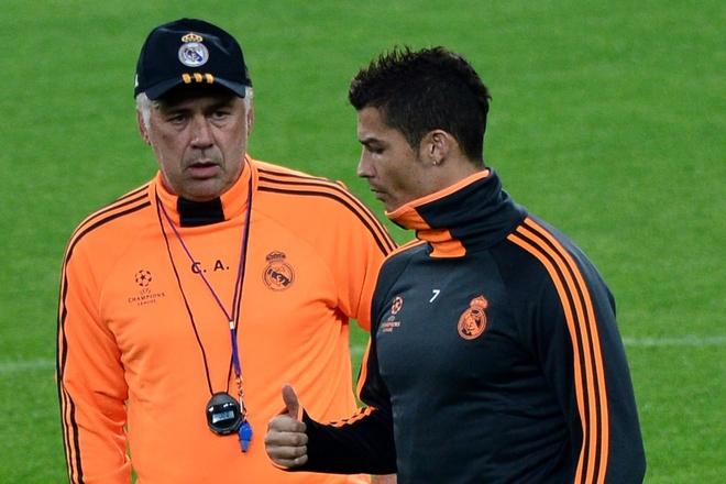 Ronaldo: 'Toi nho Carlo Ancelotti' hinh anh 1