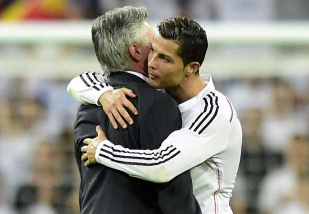 Ronaldo: 'Toi nho Carlo Ancelotti' hinh anh