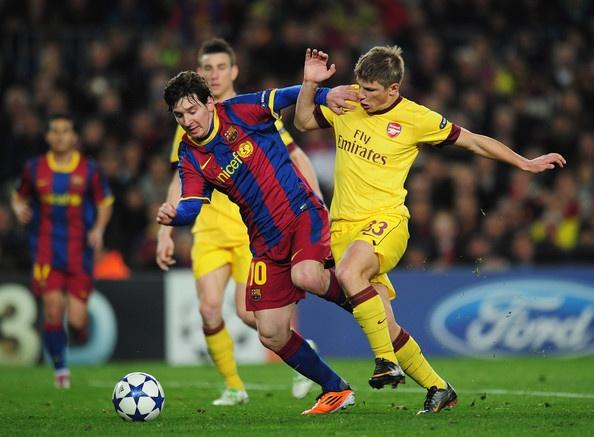 'Arsenal se gay nhieu kho khan cho Barcelona' hinh anh