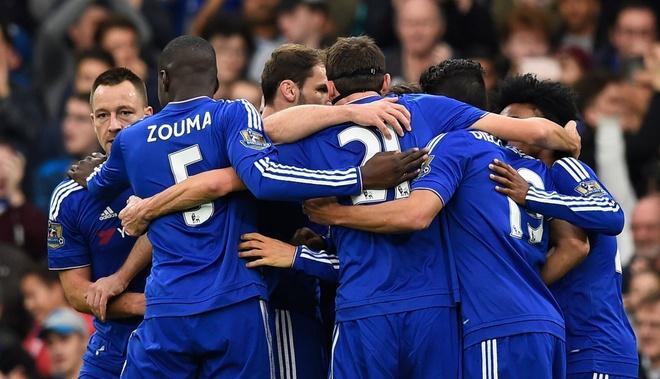 Co dong vien Chelsea phan doi cau thu, ung ho Mourinho hinh anh 1