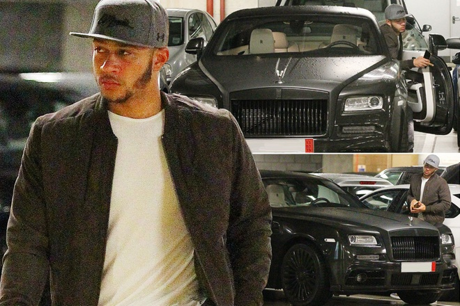 Phot lo chi trich, Memphis Depay tiep tuc loi song buong tha hinh anh