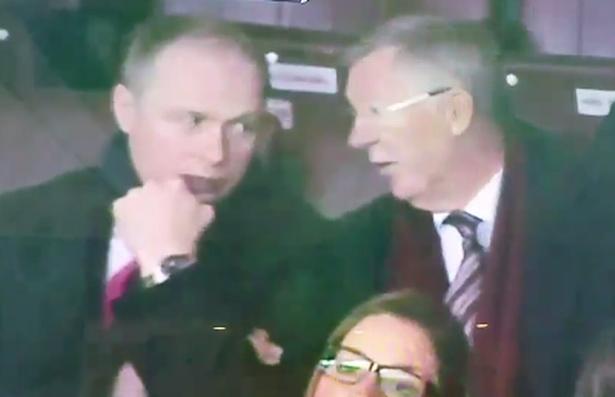 Sir Alex Ferguson tiet lo tuong lai cua Louis Van Gaal hinh anh 1