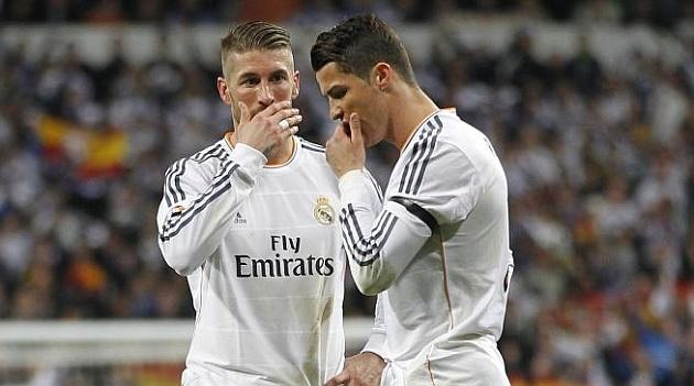 Real Madrid dien ten Ronaldo, Ramos vao danh sach thanh ly hinh anh