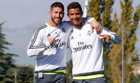 Real Madrid dien ten Ronaldo, Ramos vao danh sach thanh ly hinh anh 1