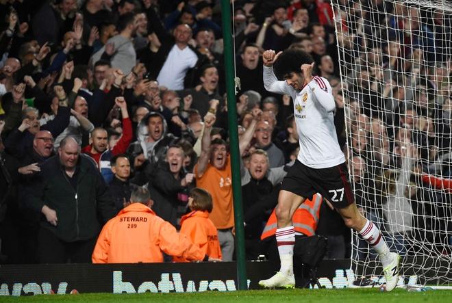 Rashford lap cong giup MU gianh ve vao ban ket FA Cup hinh anh 3