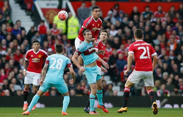 West Ham 1-2 Man Utd: Quy do hen Everton o ban ket hinh anh 11