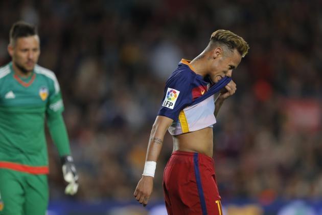 Barca san sang ban Neymar hinh anh