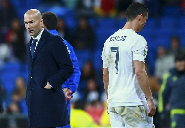 Zidane tiet lo dieu hoi tiec nhat khi dan dat Real Madrid hinh anh 1