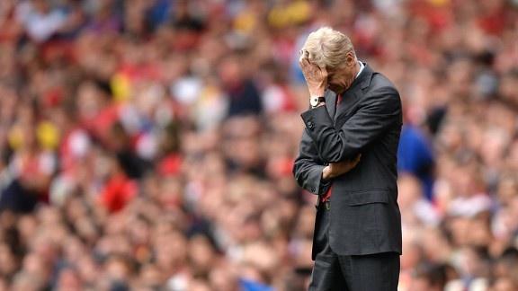 Arsene Wenger bong gio viec roi Arsenal vao cuoi mua hinh anh 1