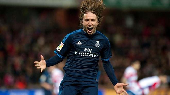 Thanh Madrid thong tri doi hinh tieu bieu La Liga 2015/16 hinh anh 8