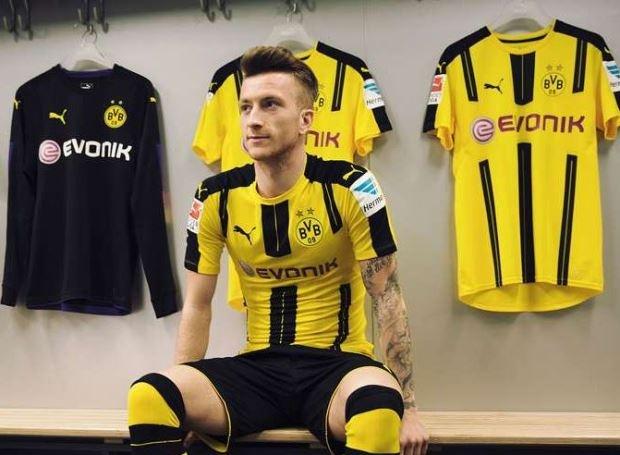Marco Reus co don trong buoi ra mat ao dau moi cua Dortmund hinh anh 5