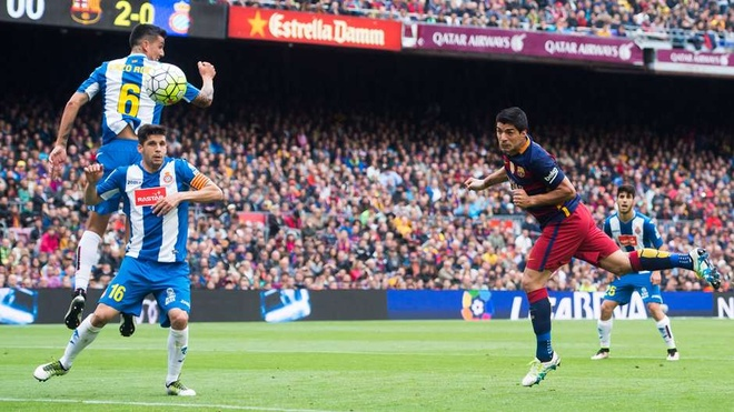 Suarez, Higuain sat canh trong doi hinh hay nhat chau Au hinh anh 11