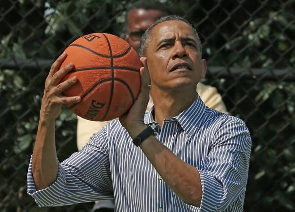 Ly do giup Barack Obama lot top 25 nguoi khoe nhat My hinh anh