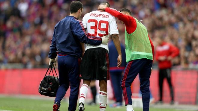 Ibrahimovic san sang cho nhung thu thach tai MU hinh anh 1