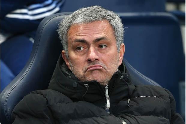 Mourinho tu choi 5 doi bong de den MU hinh anh 1