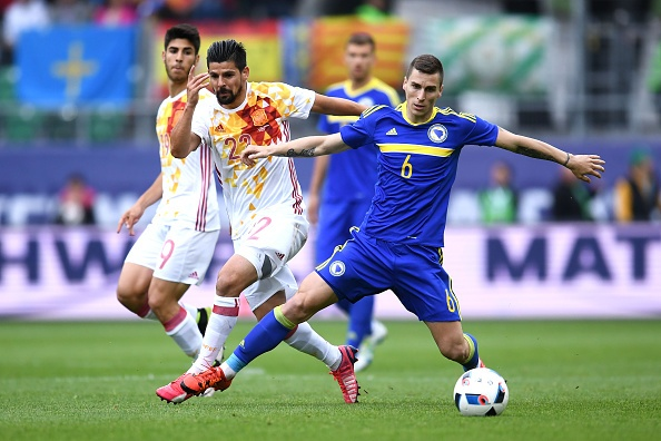 Pedro lap cong giup Tay Ban Nha thang de Bosnia hinh anh 9