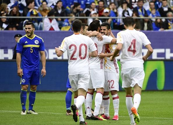 Pedro lap cong giup Tay Ban Nha thang de Bosnia hinh anh 3