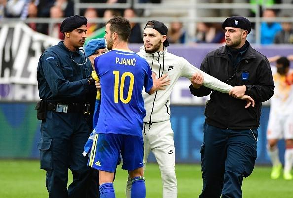 Pedro lap cong giup Tay Ban Nha thang de Bosnia hinh anh 6