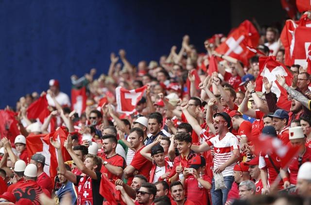 Thuy Si - Albania (1-0): Tiec cho Albania hinh anh 6