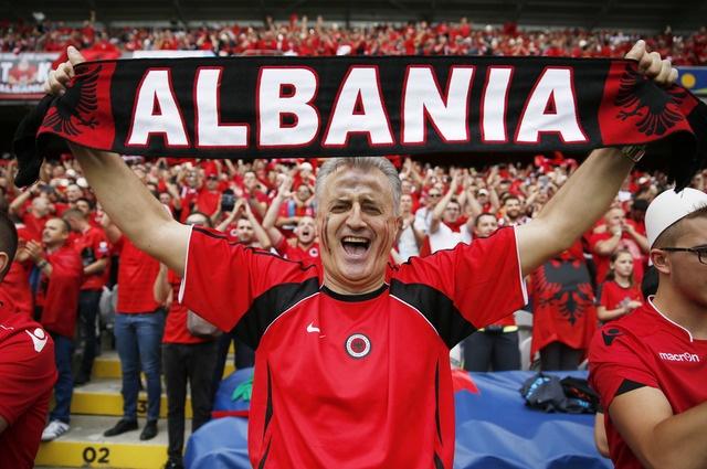 Thuy Si - Albania (1-0): Tiec cho Albania hinh anh 9