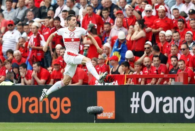 Thuy Si - Albania (1-0): Tiec cho Albania hinh anh 17