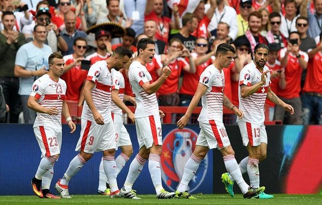 Thuy Si - Albania (1-0): Tiec cho Albania hinh anh 18