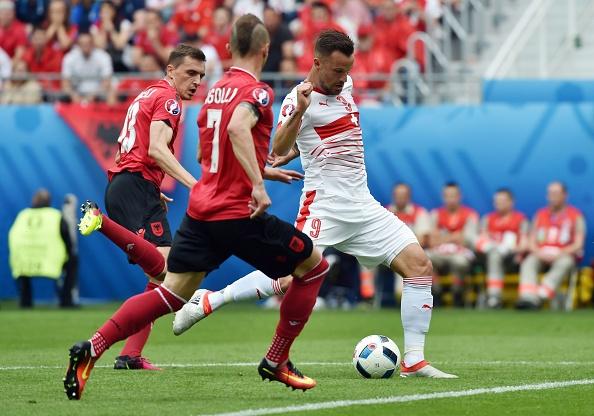 Thuy Si - Albania (1-0): Tiec cho Albania hinh anh 23
