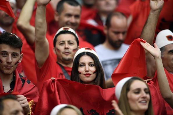 Thuy Si - Albania (1-0): Tiec cho Albania hinh anh 12